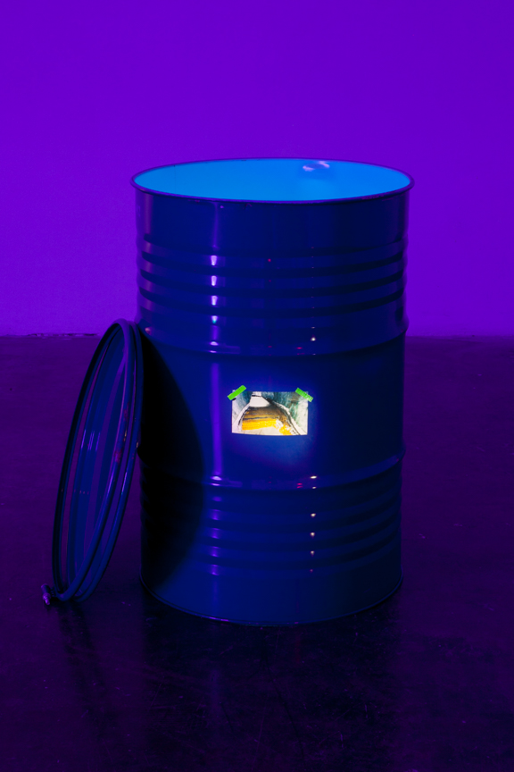 barrel, foam, print, LED, speaker